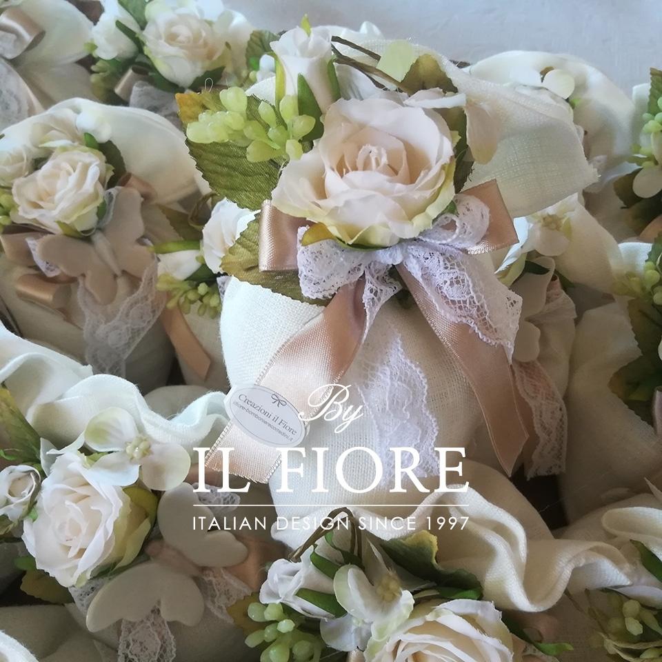 Bomboniera Comunione e Matrimonio sacchetto con fiori e pizzo thumb cover
