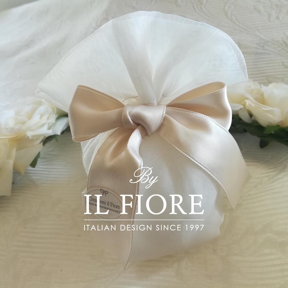 Bomboniera matrimonio sacchetto portaconfetti in organza con fiocco di raso thumb cover