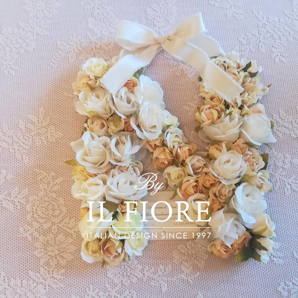 Bomboniere lettere personalizzabili con fiori - fuoriporta thumb cover