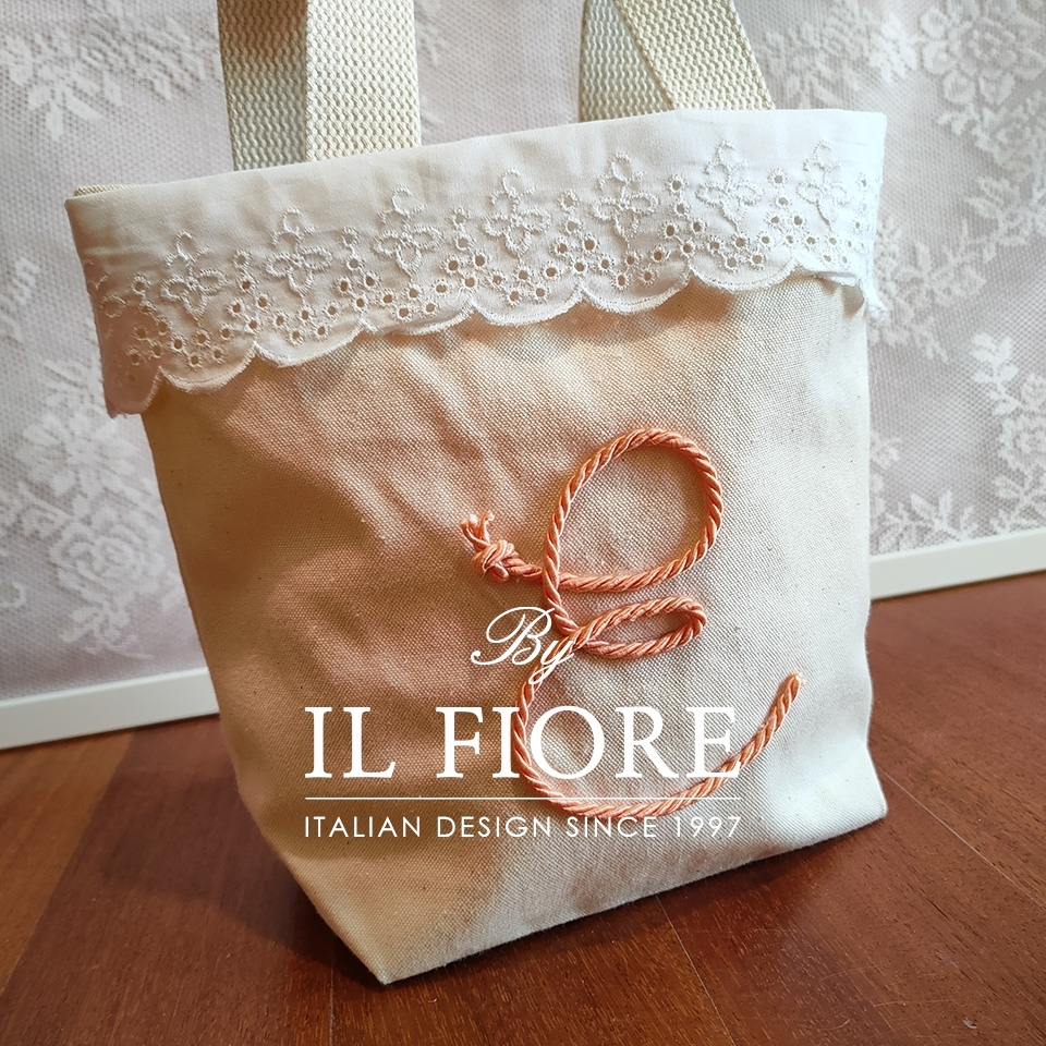 Borsa donna con pizzo Sangallo e lettera personalizzabile Bag donna thumb cover