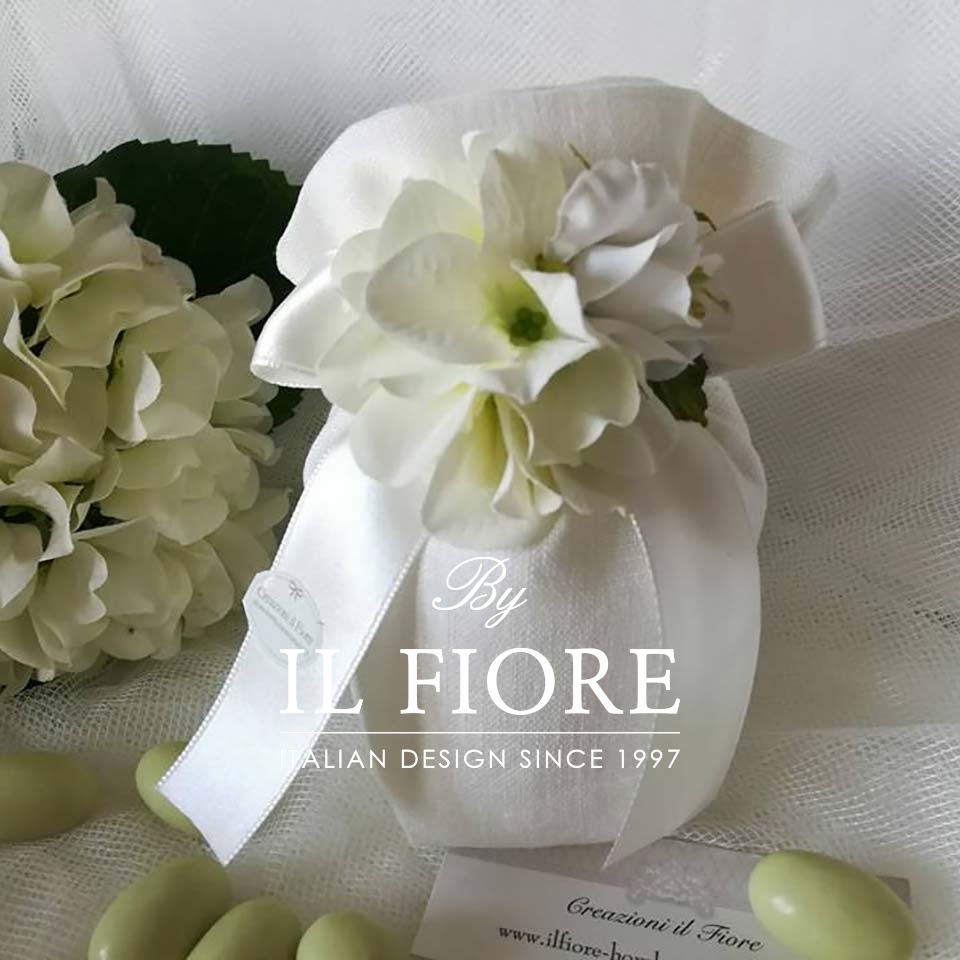 Bomboniera Matrimonio Sacchetto con Bouquet Fiori Ortensie thumb cover