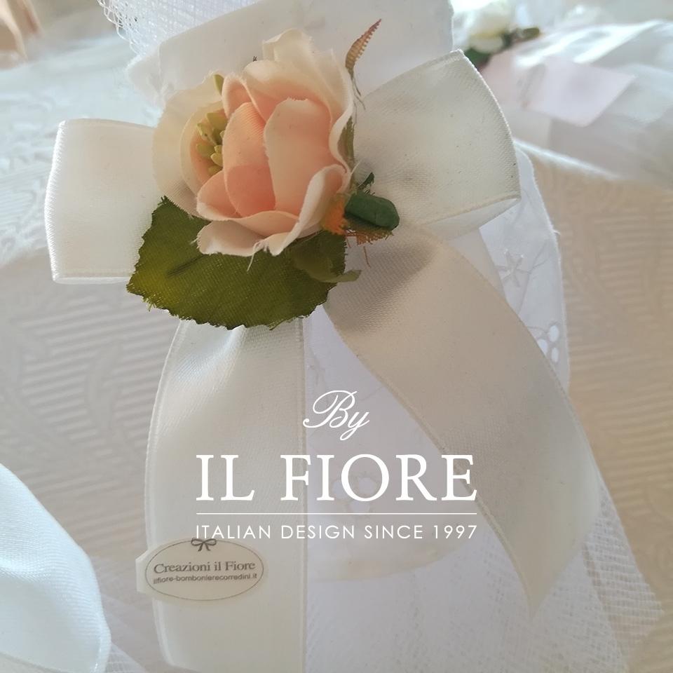 Bomboniera Matrimonio sacchetto portaconfetti vestito sposa. 010