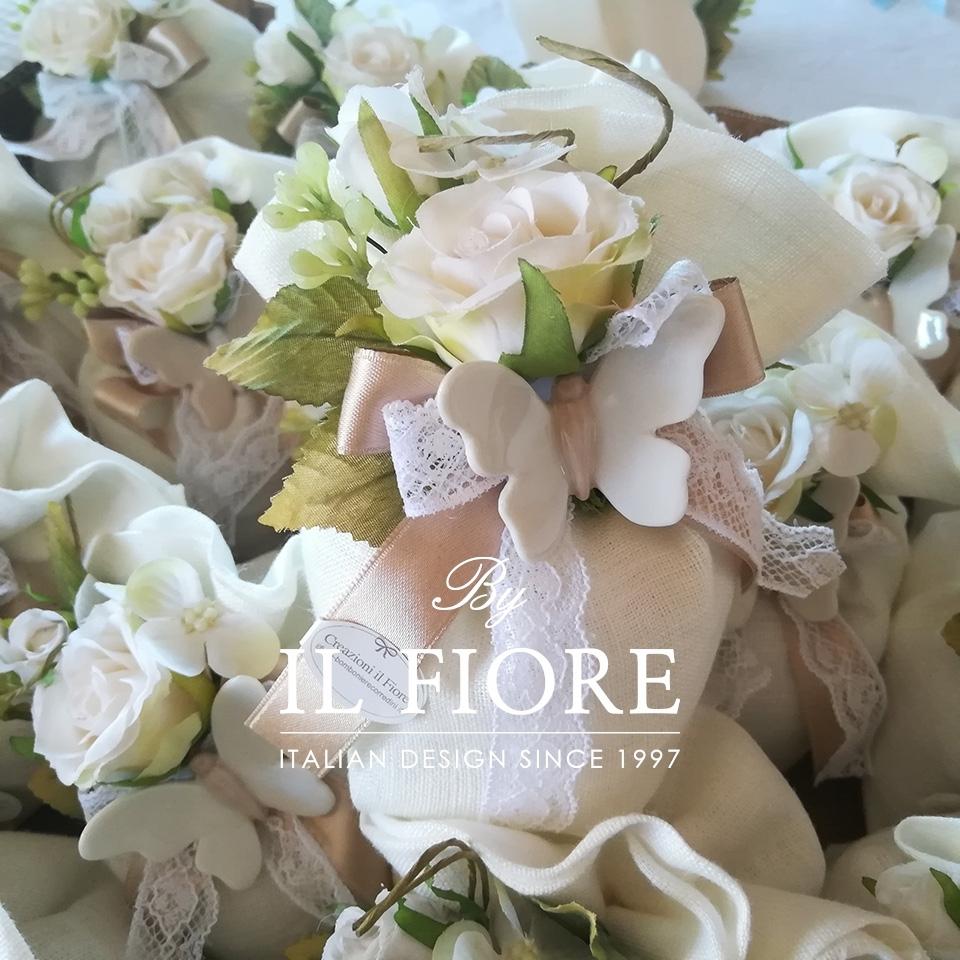 Bomboniera Matrimonio sacchetto con Farfalle e fiori 0880