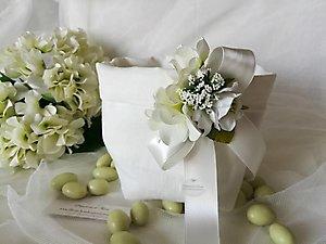 Bomboniera sacchetto per confettata con fiori cod. 47R