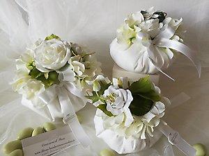 Bomboniera bon bon in lino con fiore  cod. 1R - 1R1