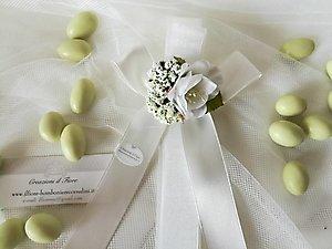 Bomboniera comunione matrimonio cresima ciuffetto con bouquet e gipsofila cod 37R