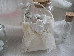 Bomboniera Comunione sacchetto in lino con angelo e pizzo  Cod. 11Z