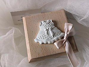 Bomboniera battesimo scatole con vestito cod. 23a