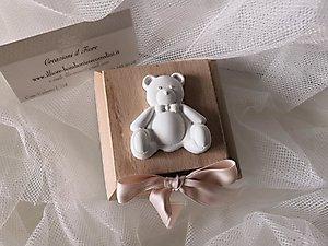 Bomboniera Battesimo scatola portaconfetti con orsetto cod. 129B - 129B1