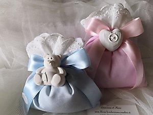 Bomboniera Battesimo bimba e bimbo con orso e cuore cod. 125B - 125B1 - 125B2 - 125B3