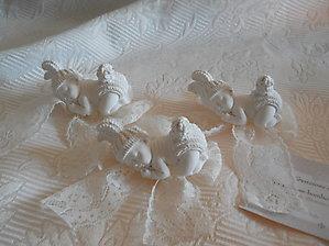 Bomboniera nascita Battesimo ciuffetto con bebè e pizzo cod. 61B