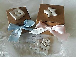 Bomboniera Battesimo  scatola portaconfetti con bottoni cod 67P