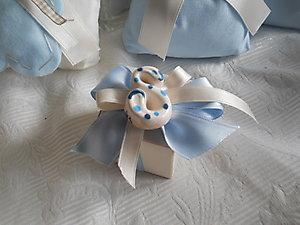 Bomboniera Battesimo scatola personalizzabile con lettera calamita in ceramica cod 35P