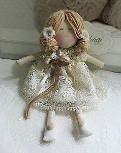 Bomboniera  bambola con vestito in pizzo cod.
