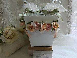 Bomboniere comunione matrimonio cresima sacchetti grandi con fiore cod- 23H - linea fiori matrimonio - comunione NOVITA'
