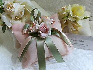 Bomboniera  con fiore cod. 20H - 20H1 Linea fiori matrimonio NOVITA'