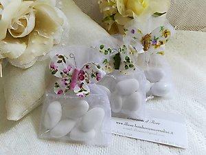 Bomboniera  cod. 13H - 13H1 - 13H2 linea fiori matrimonio e comunione