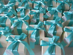 Bomboniera scatola con nastro tiffany per matrimonio e comunioni scatola  cod. 36M