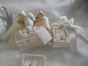 Bomboniera con soggetti marini matrimonio comunione - scatola in plexiglass con stella marina e cavalluccio marino in ceramica cod. 44M-45M-46M