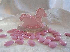 Bomboniera cavallo a dondolo disponibile rosa e celeste cod. U11