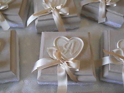 Bomboniere matrimonio comunione cresima scatola in legno con lettera personalizzabile cod. 10N 11N