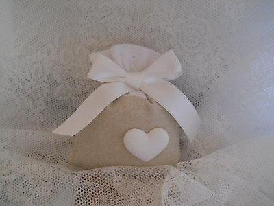 Sacchetto con  Sangallo e gessetto cuore comunione matrimonio cod. 42N 43N