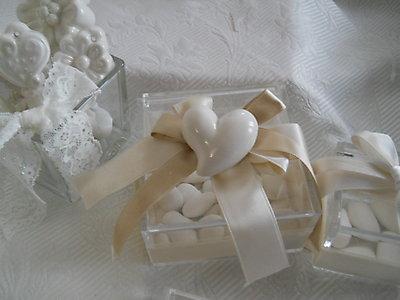 Bomboniera matrimonio comunione - scatola in plexiglass con cuoricino in ceramica cod. 2G-3G-4G