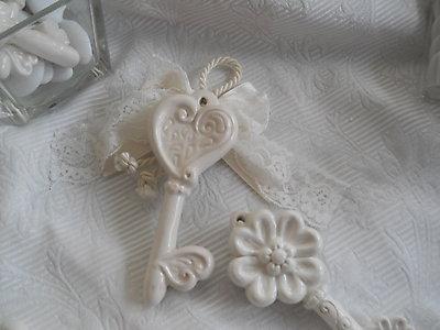 Chiavi in ceramica bomboniera matrimonio comunione cresima - cod.15G-16G
