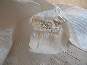 Bomboniera matrimonio comunione cresima sacchetto in pizzo con gessetto fiore cod. 86EF