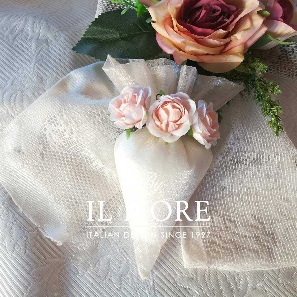 Bomboniere Matrimonio Comunione cono portaconfetti con fiori