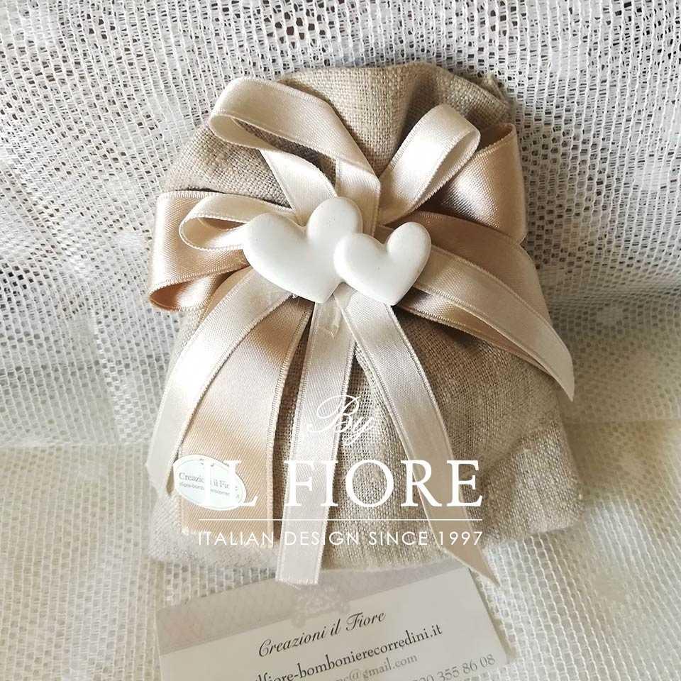Bomboniera Matrimonio sacchetto portaconfetti con cuoricini Colette