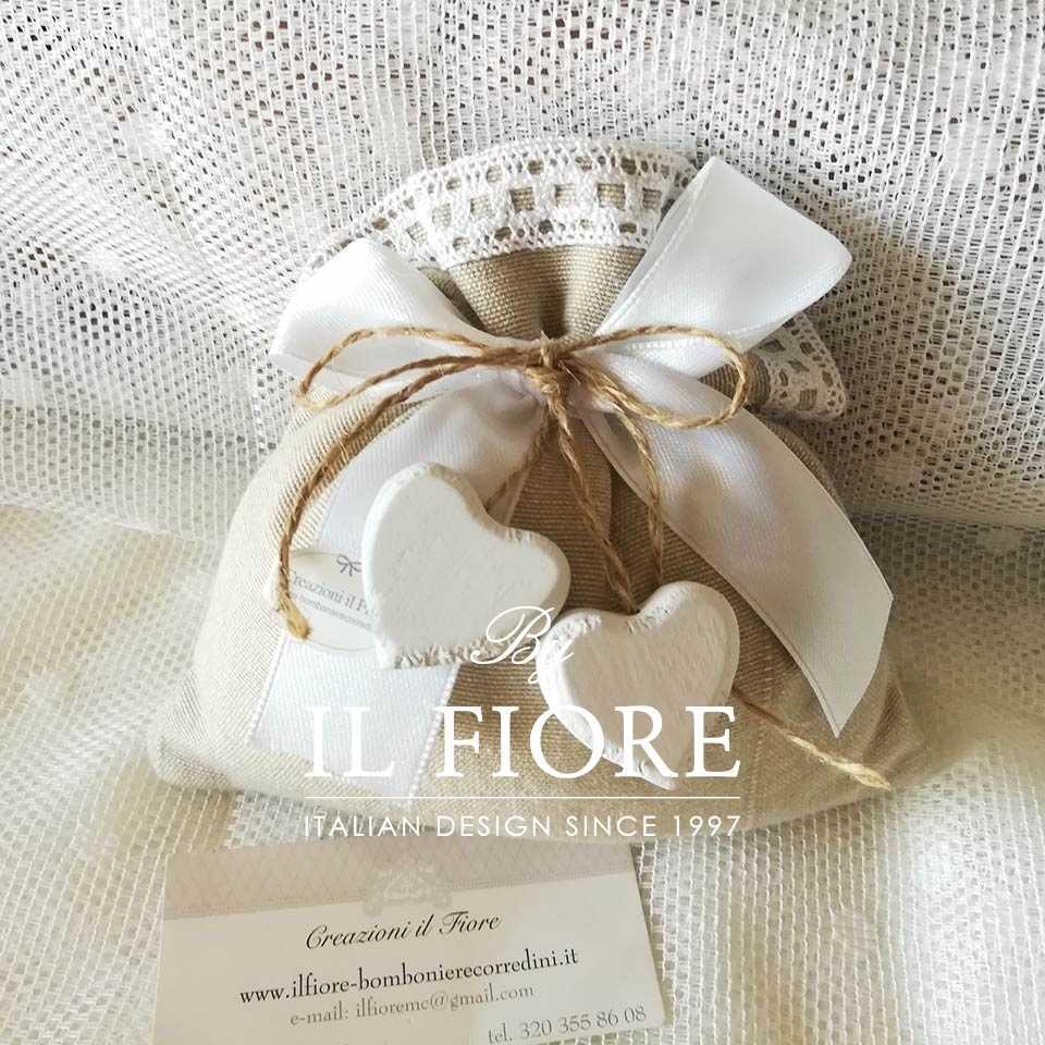 Bomboniera matrimonio sacchetto portaconfetti con cuore Cecile