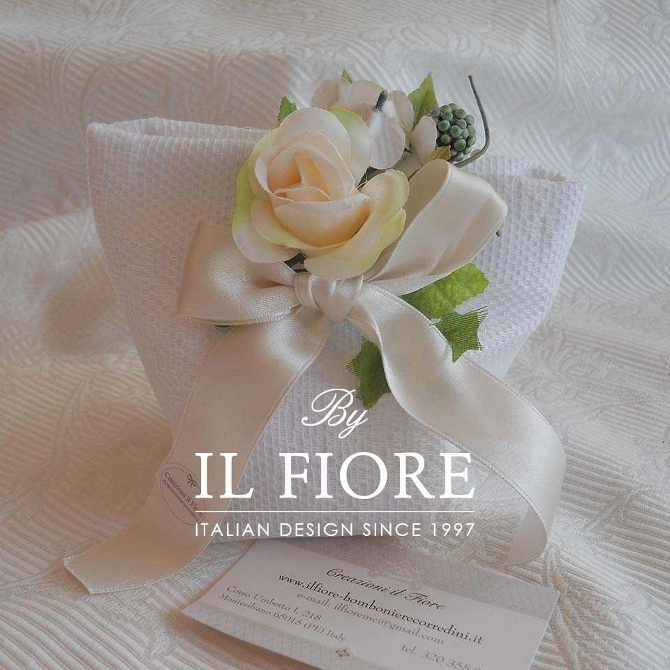 Bomboniera Matrimonio Sacchetto Portaconfetti in Pizzo con Fiori