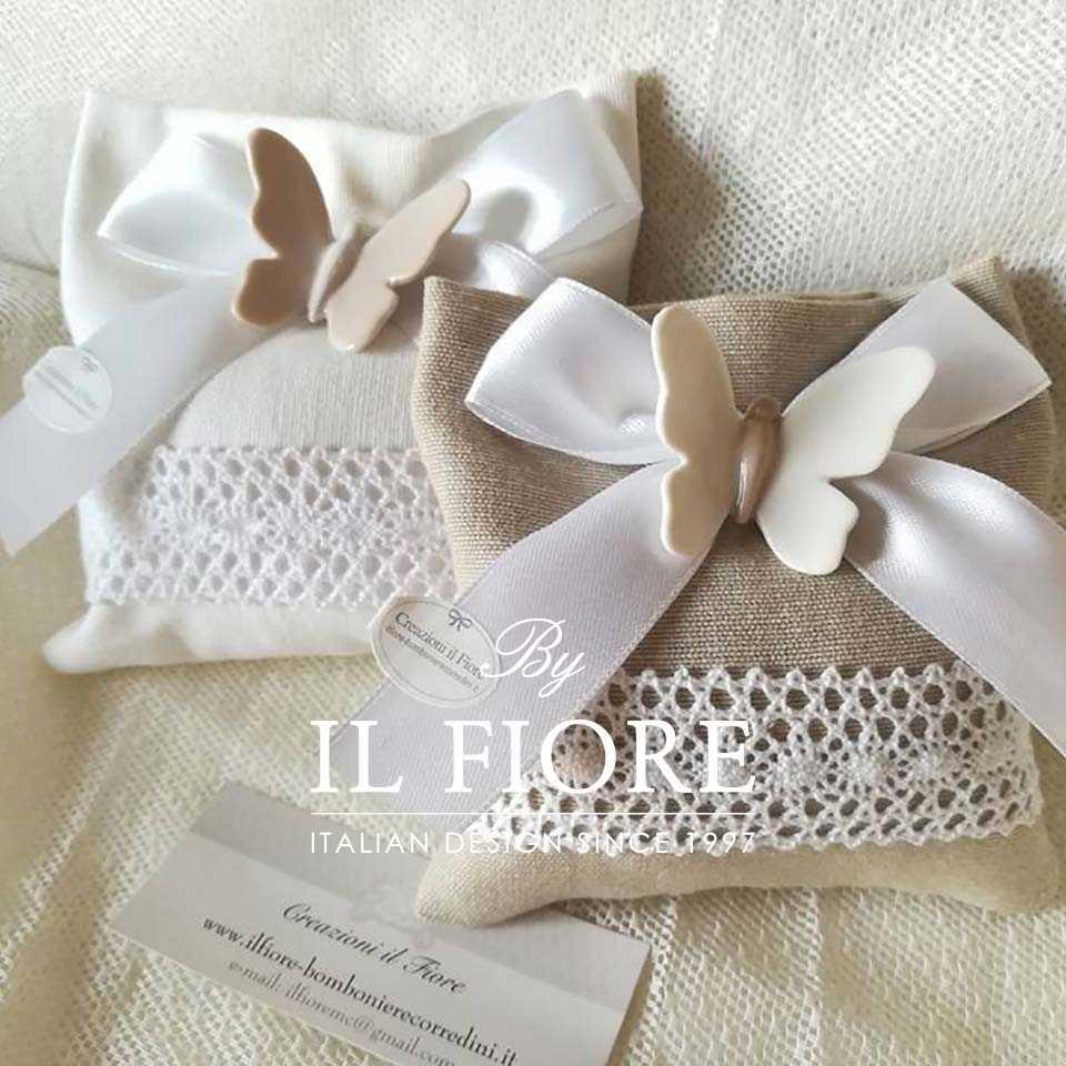 Bomboniere matrimonio sacchetto portaconfetti con farfalle in ceramica e merletto