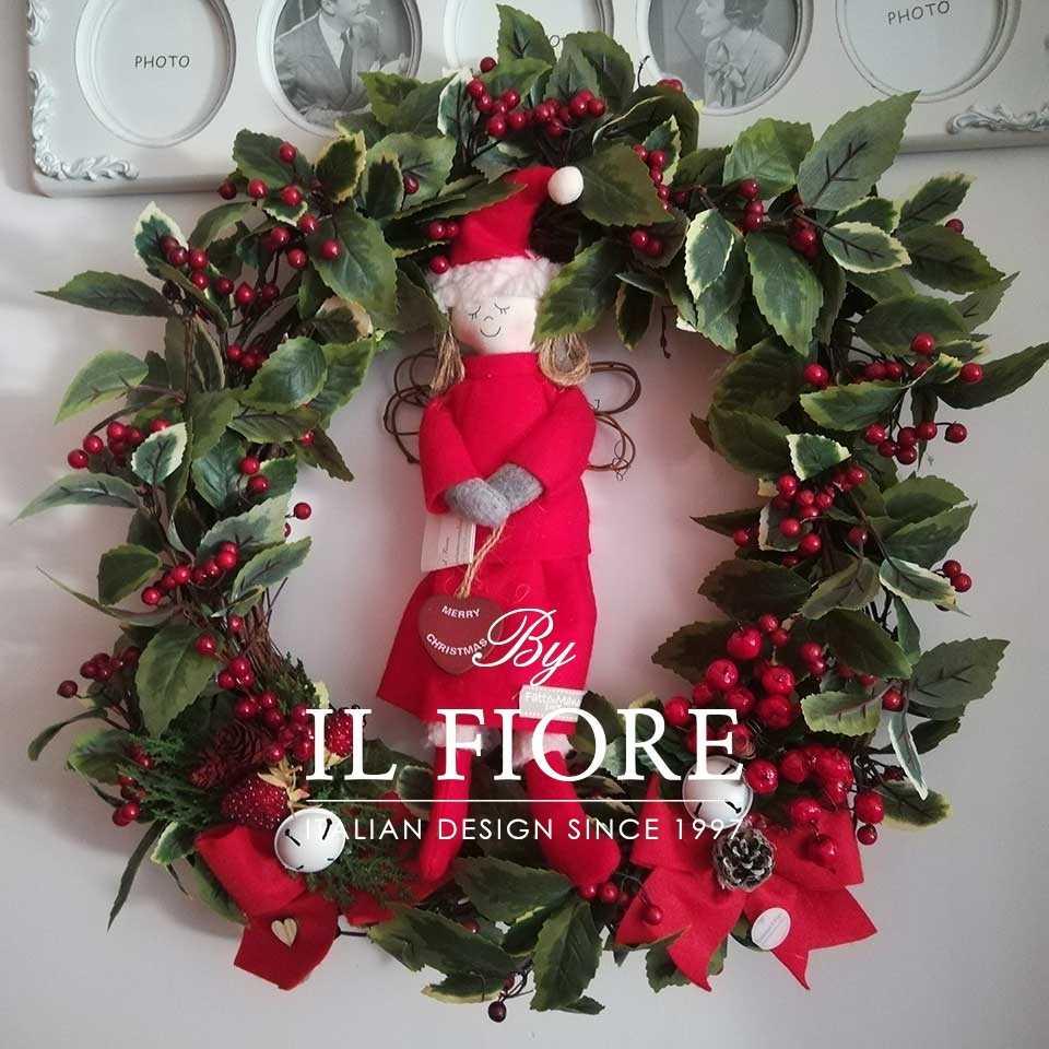 Ghirlandinde natalizie fuoriporta con agrifoglio, angelo e campanelle